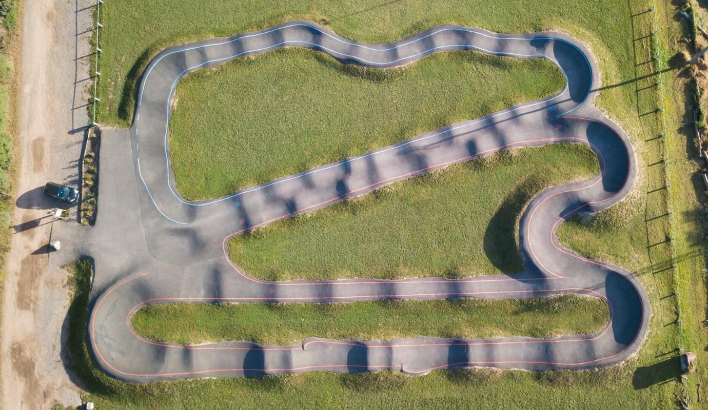 Pumptrack de vue aérienne BikeSolutions