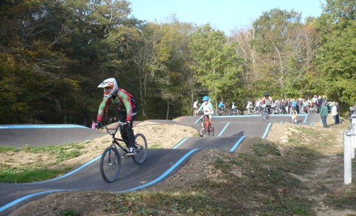 Innauguration pupmptrack en enrobé BikeSolutions